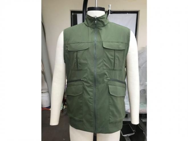 MCV1807-12F Vest Series (Man) front