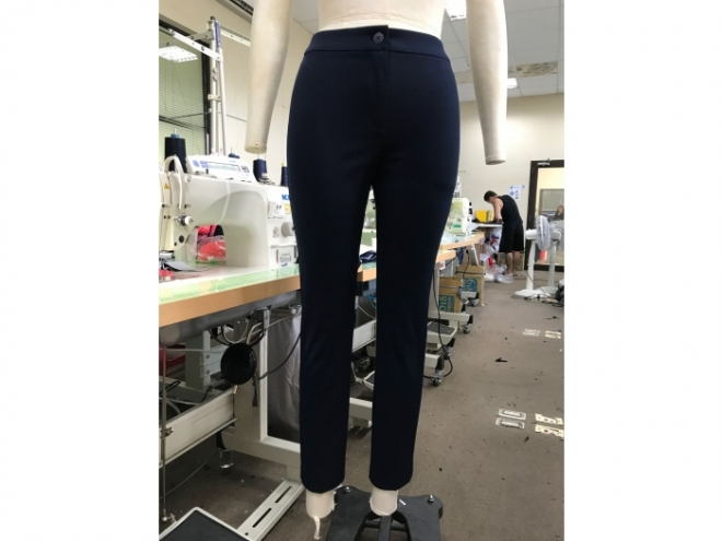 S20-0015F Elater Pants Series (Woman) front